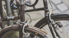 Vélo : quels sont les équipements obligatoires ?