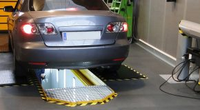 Consultez les prix des visites et contre-visites des contrôle technique des voitures